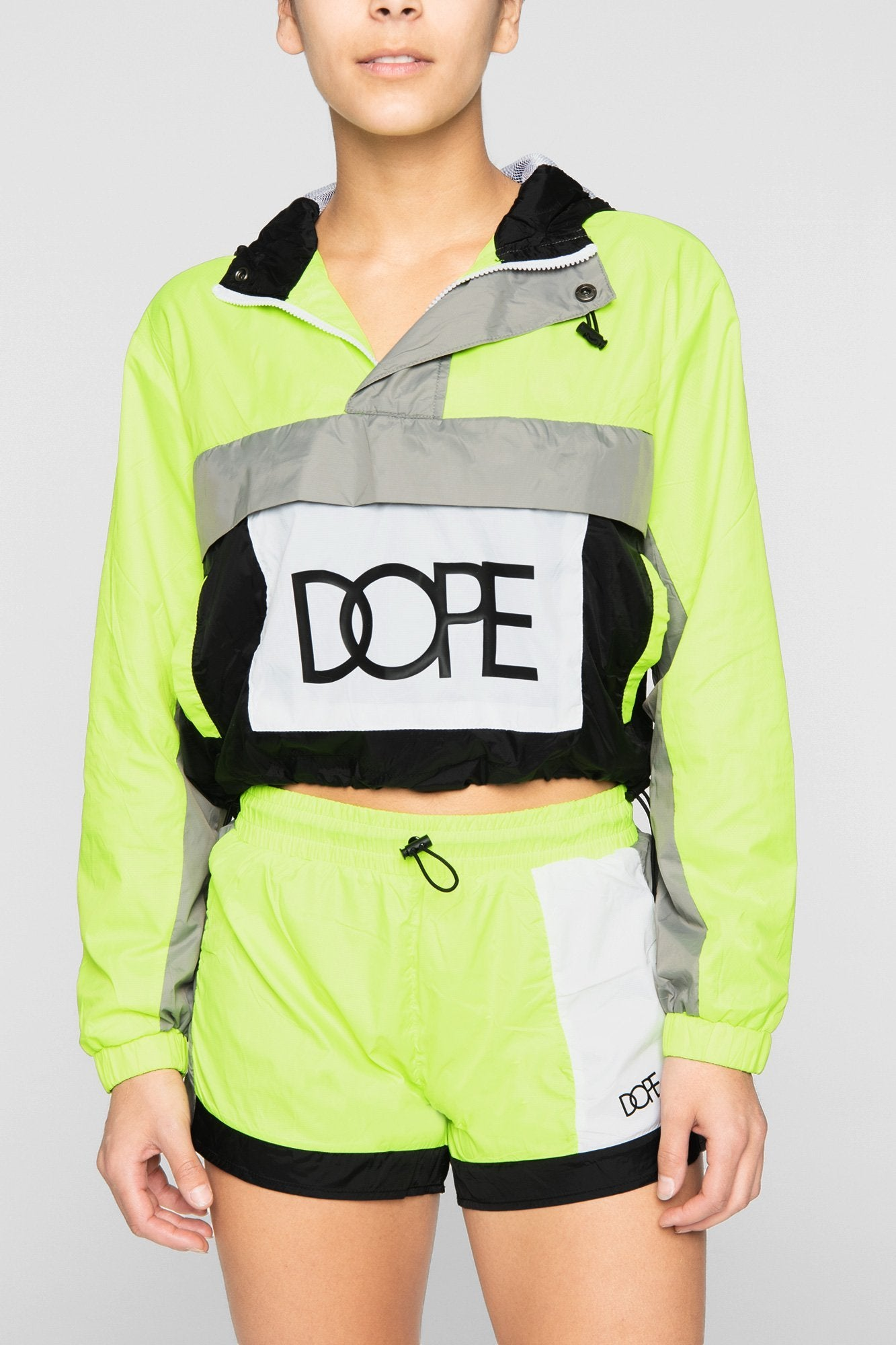 DOPE Nuova Cropped Windbreaker #Safety Green