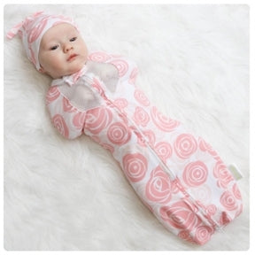 Woombie Air Swaddle - Roses
