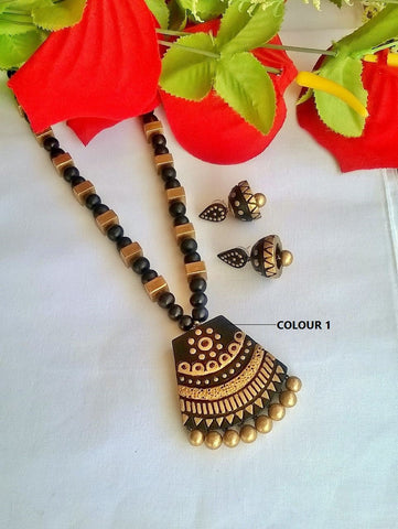 Gold & Black Pendant Terracotta Jewelry Set