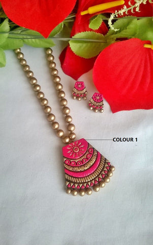 Gold & Pink Pendant Terracotta Jewelry Set