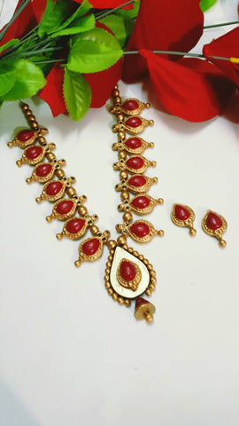 Golden and Red Droplet Pendant Terracotta Jewellery Set-TJS-0008