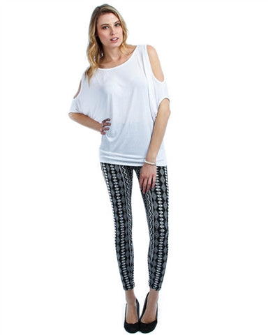 PLUS SIZE BLACK AND WHITE JAQUARD PRINT LEGGINGS