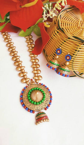 Multicolor Rounded Pendant Terracotta Jewellery Set-TJS-0016