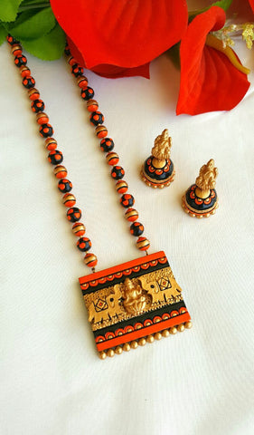 Orange and Black Rectangular Lakshmi Terracotta Pendant Set-TJS-064