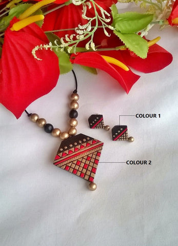 Red & Black Pendant Terracotta Jewelry Set