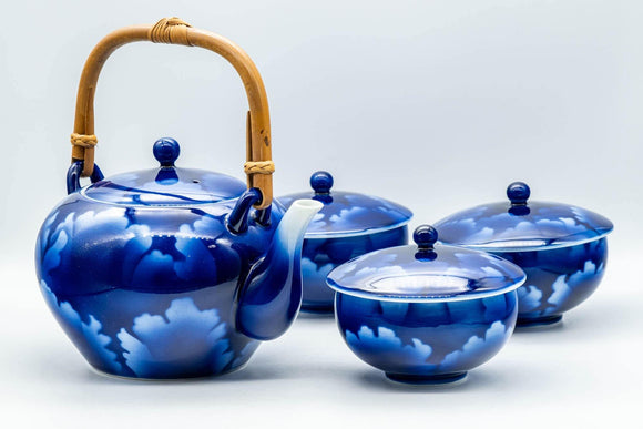 Japanese Tea Set - Blue Floral Debeso Dobin Teapot with 3 Lidded Yunomi Teacups - Tezumi