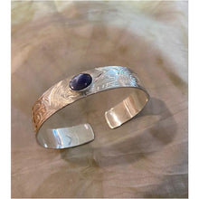 Load image into Gallery viewer, 1/2 inch  Sterling Silver  Bear Bracelet with Abalone Inset