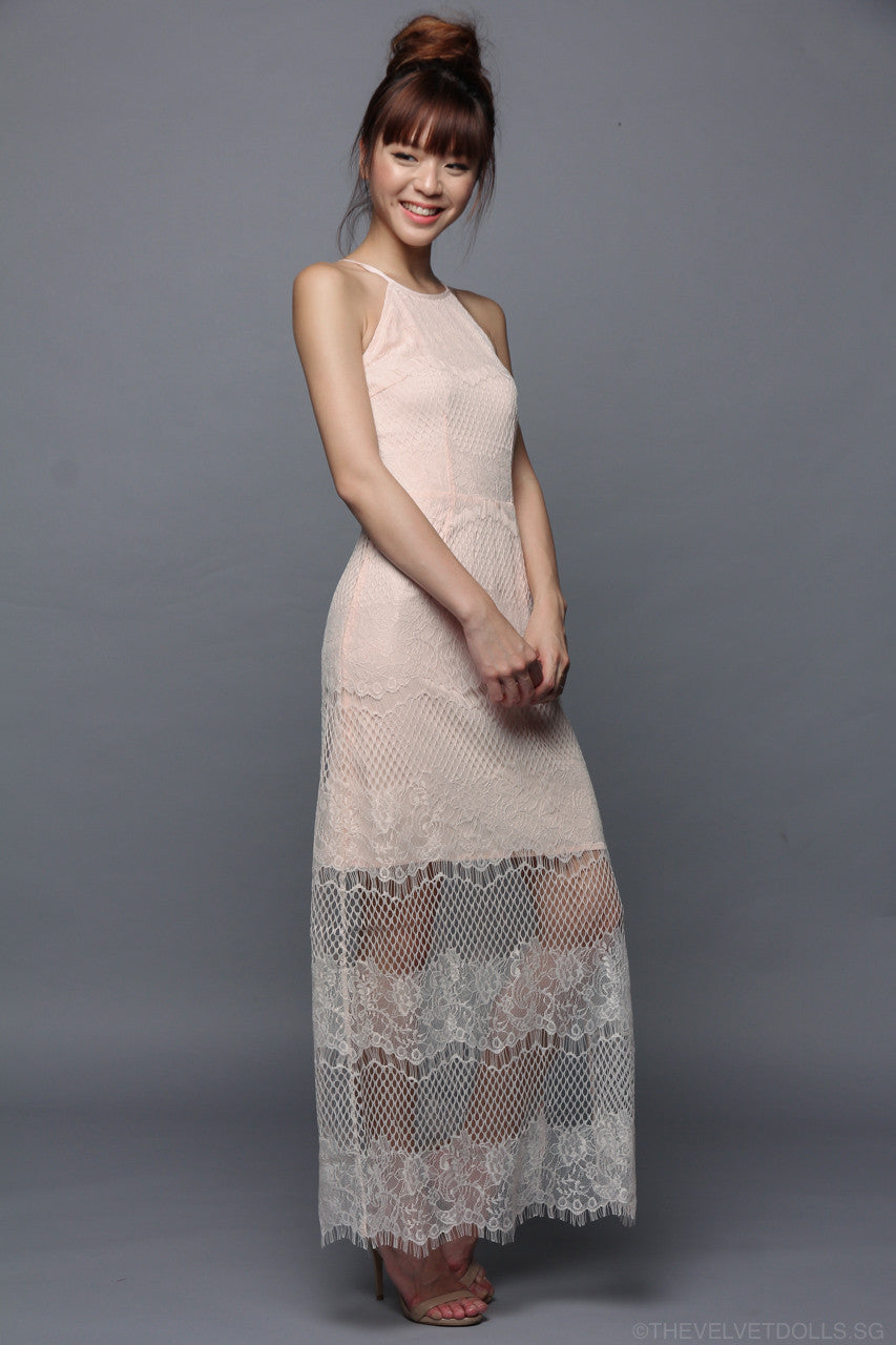 Rebecka Peekaboo Lace Maxi in Peach