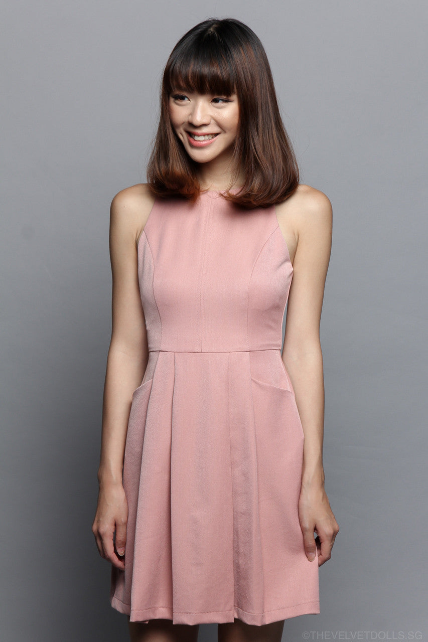 Tera Pocket Pleat Dress in Pink