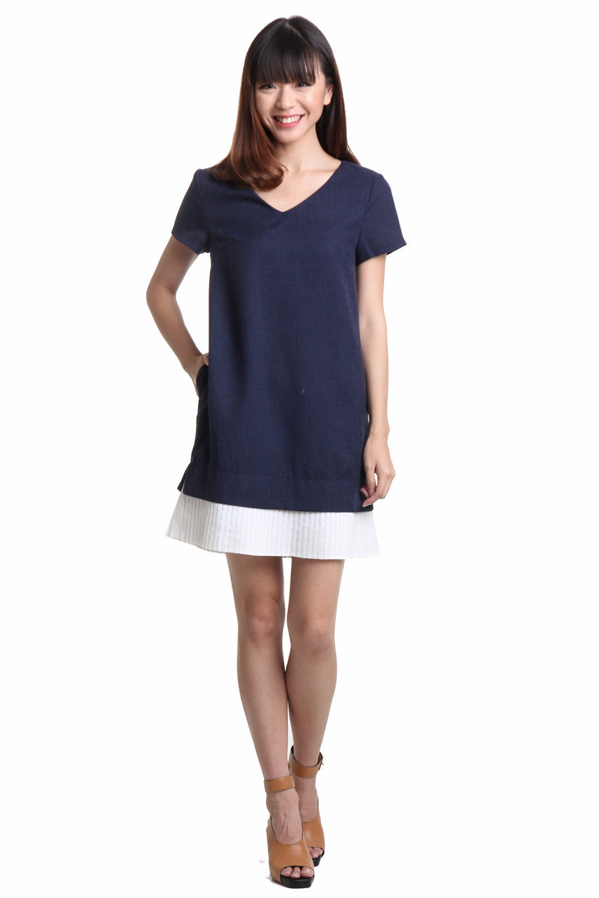 Cally Pleated Hem Dress in Navy