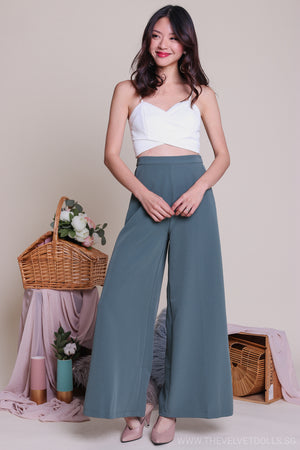 Dione Palazzo Pants in Jade
