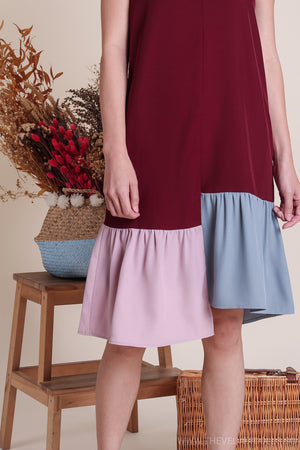 Bianca Tri-Color Hem Dress in Wine