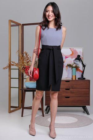 A-Lister Colorblock Dress in Ash/Black