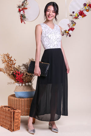 Elegant Portrayal Maxi in White & Black
