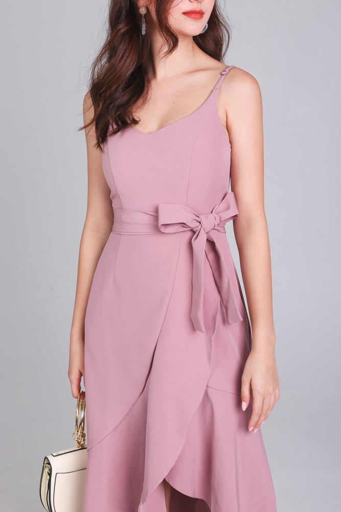 Walking On Sunshine Dress in Mauve