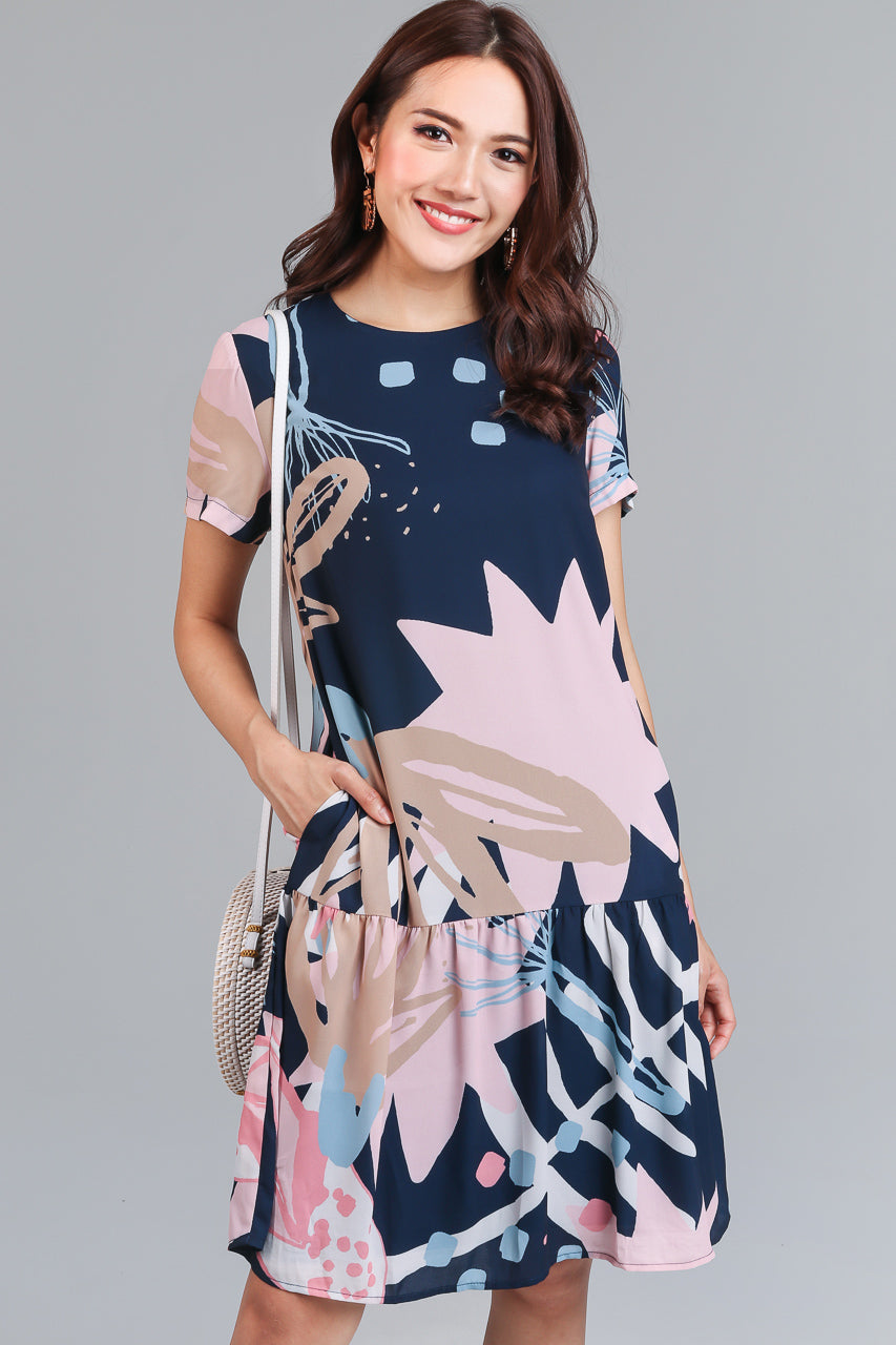 Floral Bouquet Graphic Tee Dress in Navy