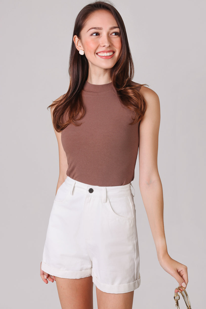 Basic Ribbed High-Neck Top in Cocoa