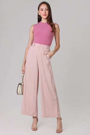 Basic Ribbed High-Neck Top in Rose