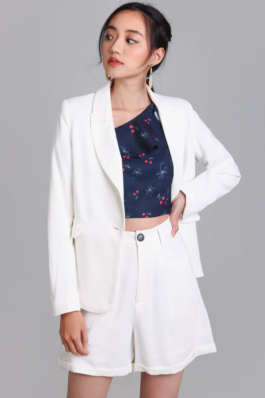 On Point Blazer Jacket in White