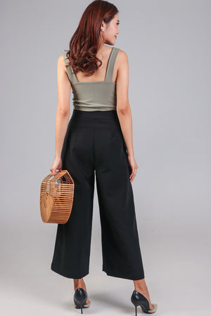 Ellie Buckle Culottes in Black