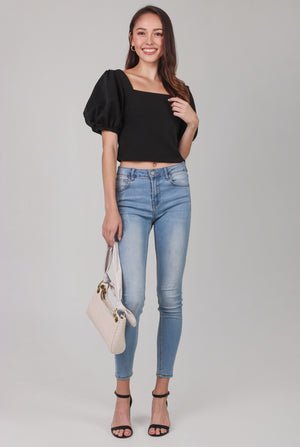 Restocked* Center Stage Pouf Sleeve Top in Black