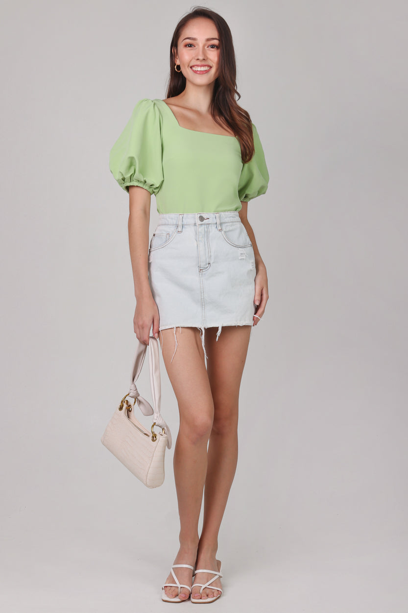 Restocked* Center Stage Pouf Sleeve Top in Green