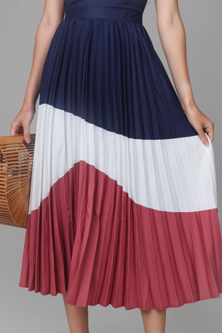 April Colorblock Pleated Dress in Navy