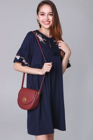 Jacintha Embroidered Dress in Navy