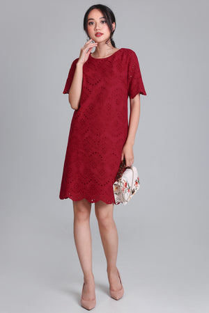 Cora Eyelet Shift Dress in Wine