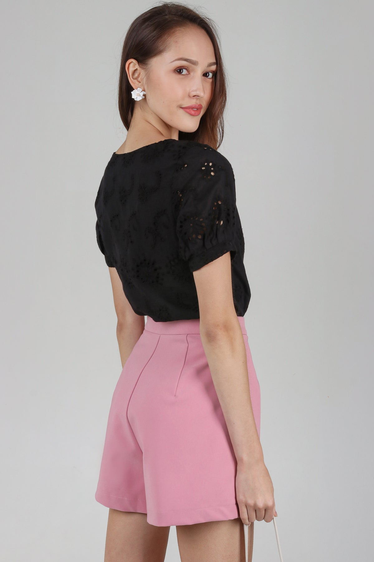 Quinn Tailored Shorts in Pink
