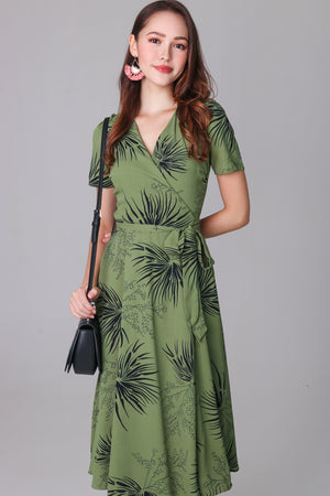Willows Midi Wrap Dress in Fern Green