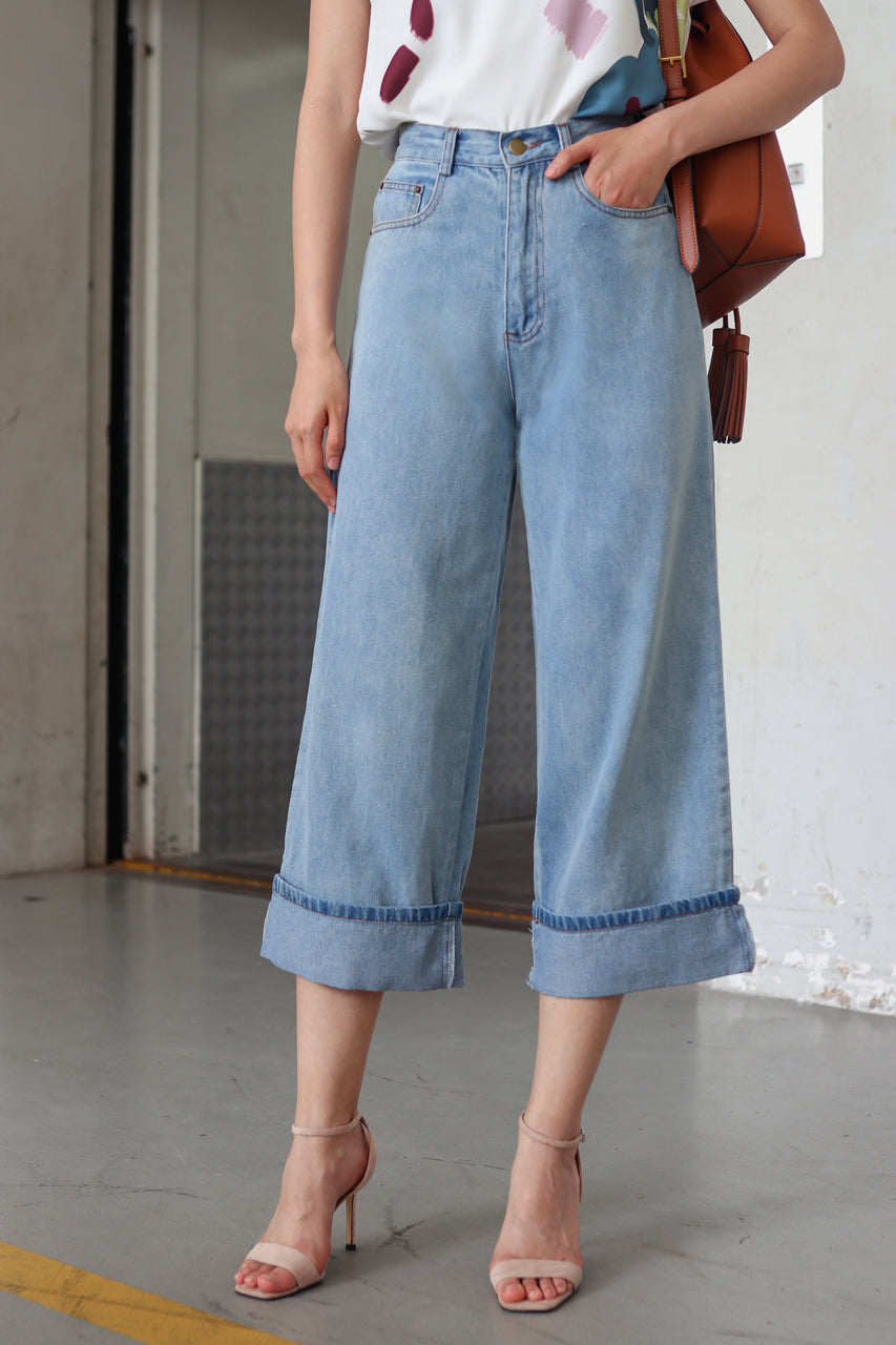 Melrose Folded Hem Jeans in Light