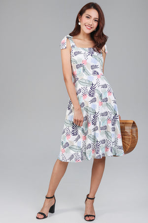 Garden Party Tie Strap Dress in Pink
