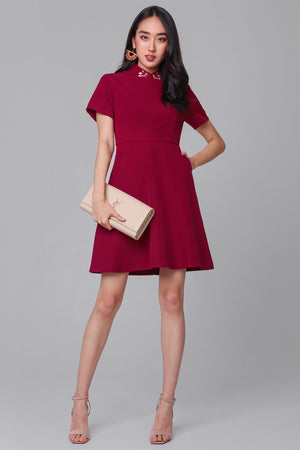 Goldfish Collar Flare Dress in Wine