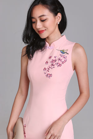 Hummingbird Embroidery Cheongsam in Pink