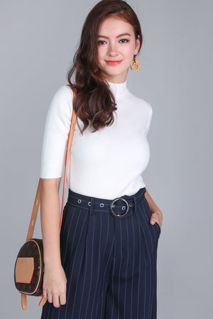 Mid-sleeve Turtleneck Top in White
