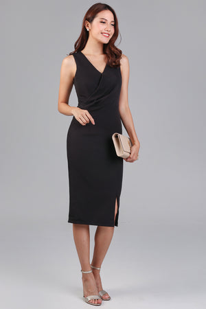 Monday Meeting Fitted Dress in Black