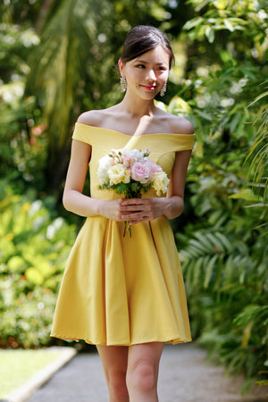 Arianna Off-Shoulder Dress in Yellow
