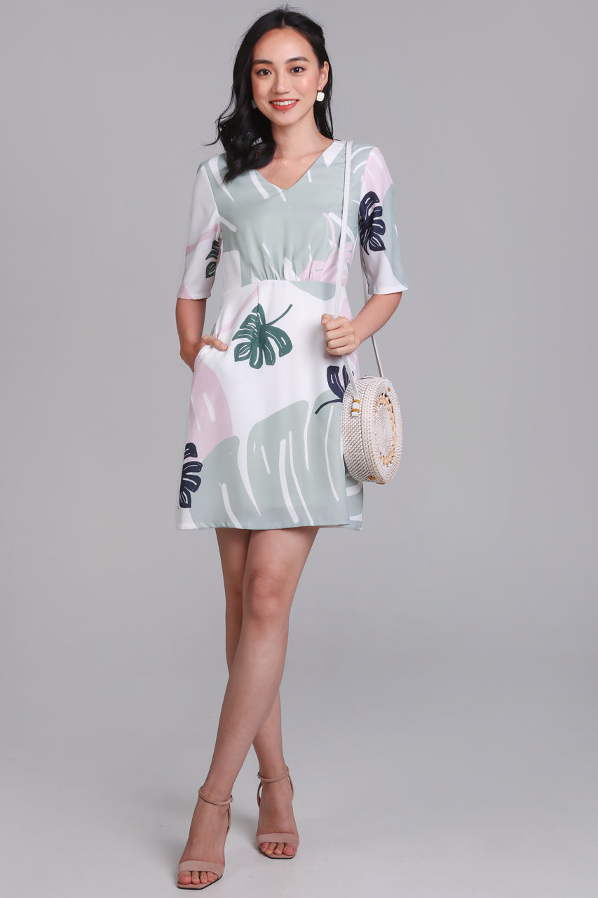 Palm Springs Graphic Dress in Sage