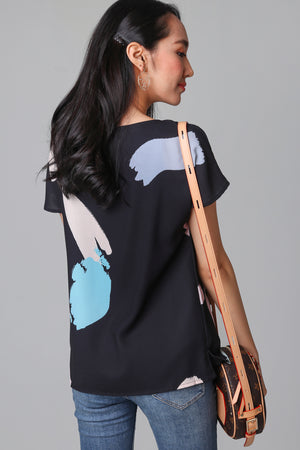 Contemporary Art Tee Top in Black