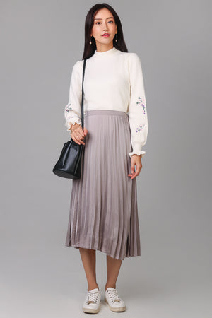 Alice Pleated Skirt in Champagne