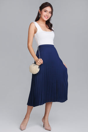 Alice Pleated Skirt in Navy