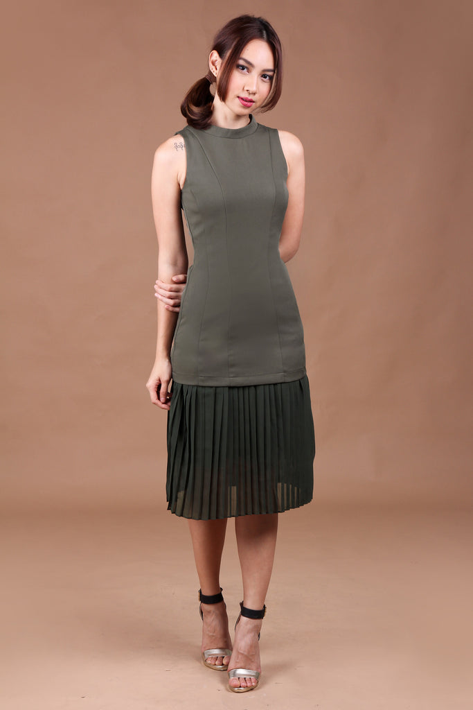 Harper Pleated Dress in Olive