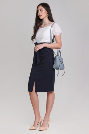 Pocket Midi Skirt in Navy