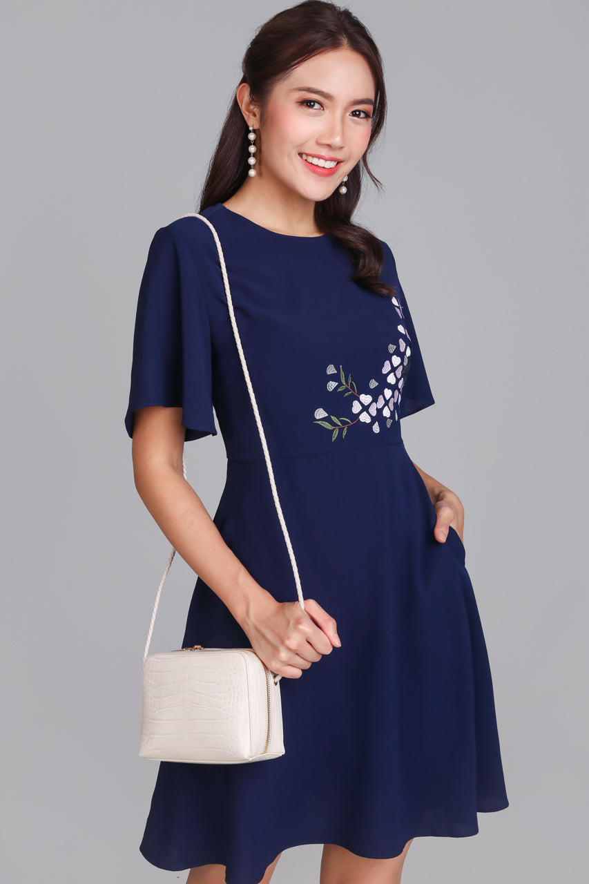 Rivea Embroidery Oriental Dress in Navy