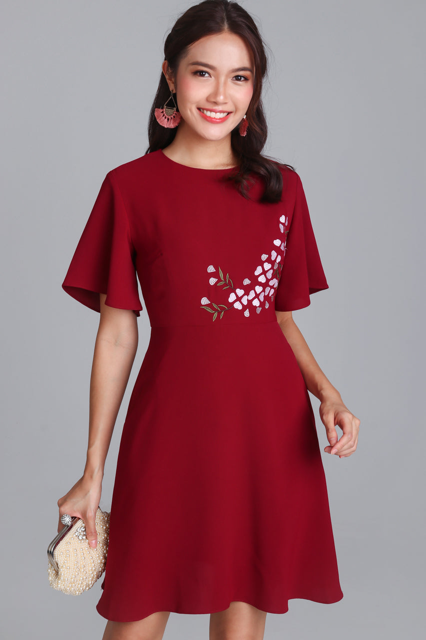Rivea Embroidery Oriental Dress in Red