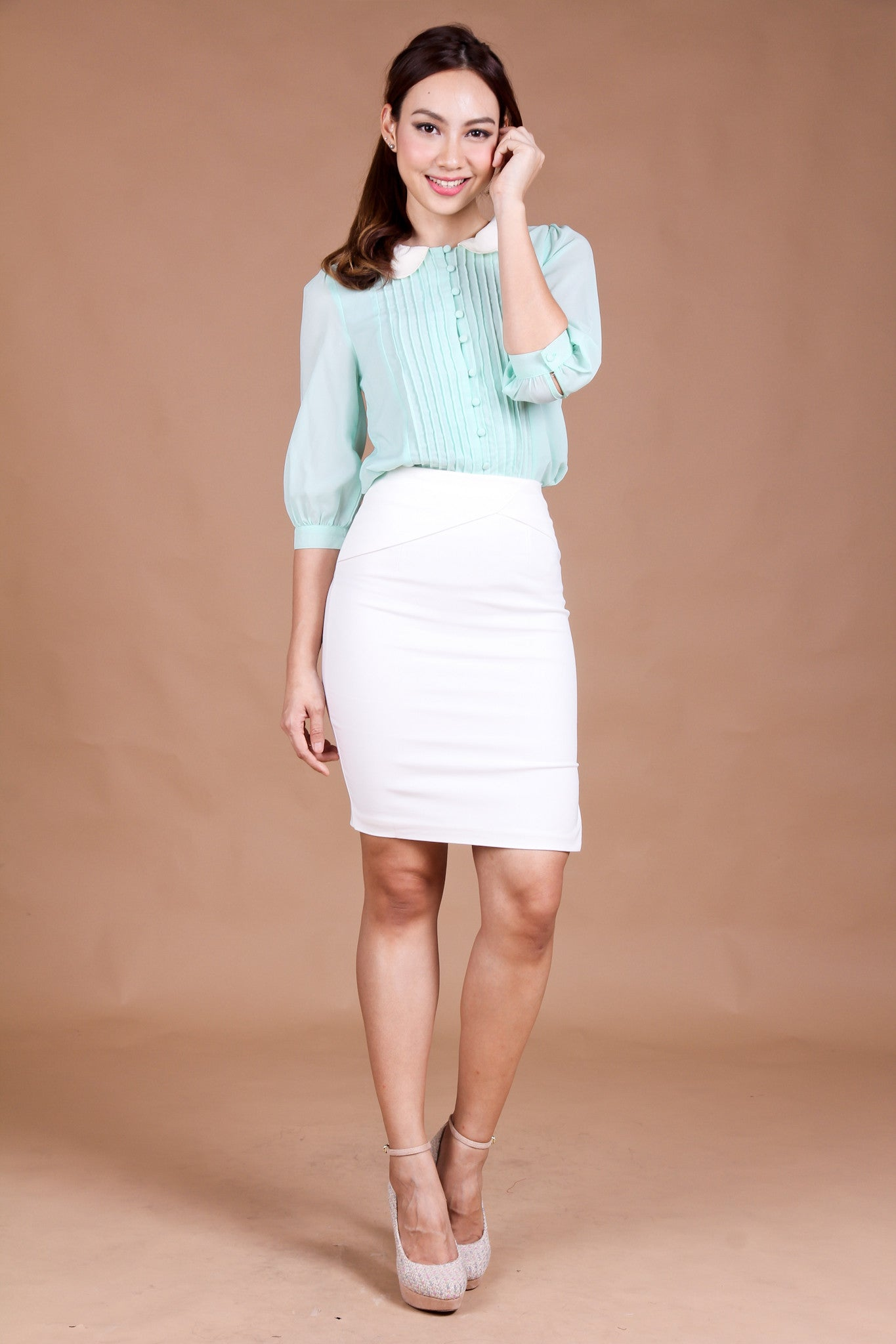 Heidi Scallop Blouse in Mint
