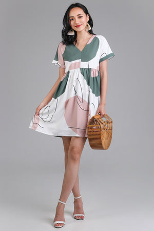 Squiggle Graphic Babydoll Dress in Matcha