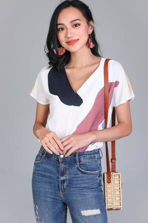 Sunny Days Tee Top in White Pebbles