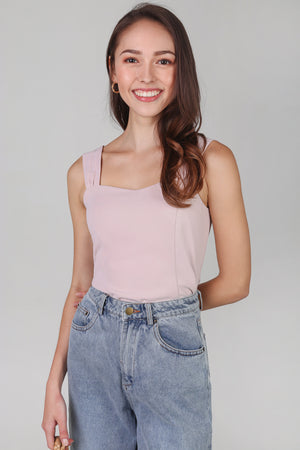 Mae Sweetheart Top in Pink